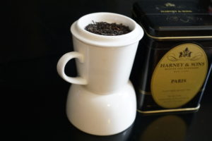 Harney and Sons Paris Black Tea and Fruit Blend Photo 1