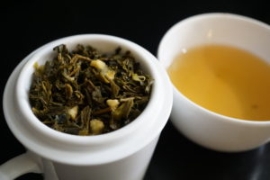 Thes de la Pagode Argumes Citrus Green Tea Blend Image 3
