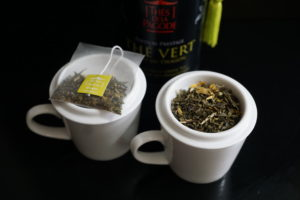 Thes de la Pagode Edition Prestige Dragon Fruit and Marigold Green Tea Compare Image 1